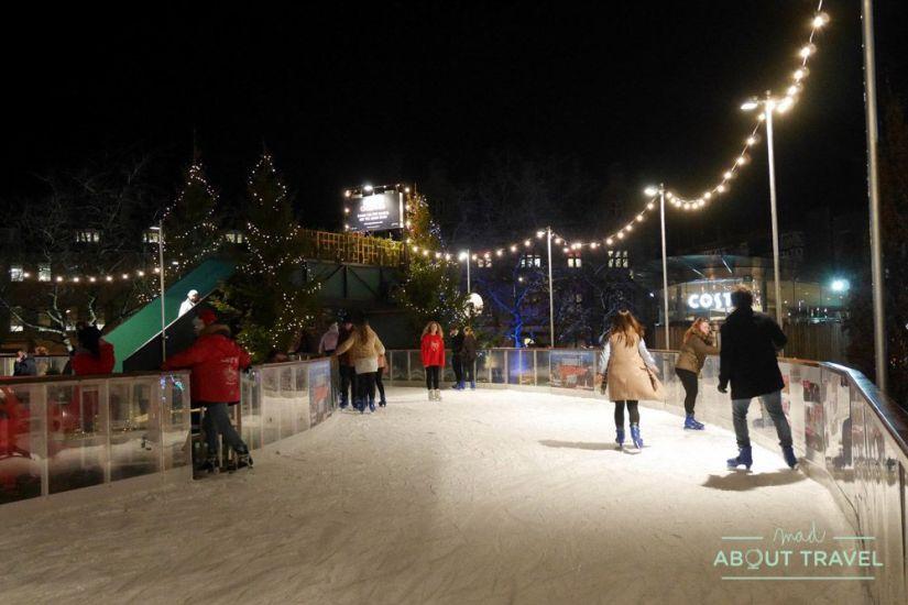que hacer en navidad en Edimburgo: patinaje sobre hielo