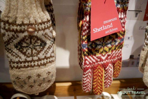 donde comprar en Lerwick: Shetland Museum & Archives shop