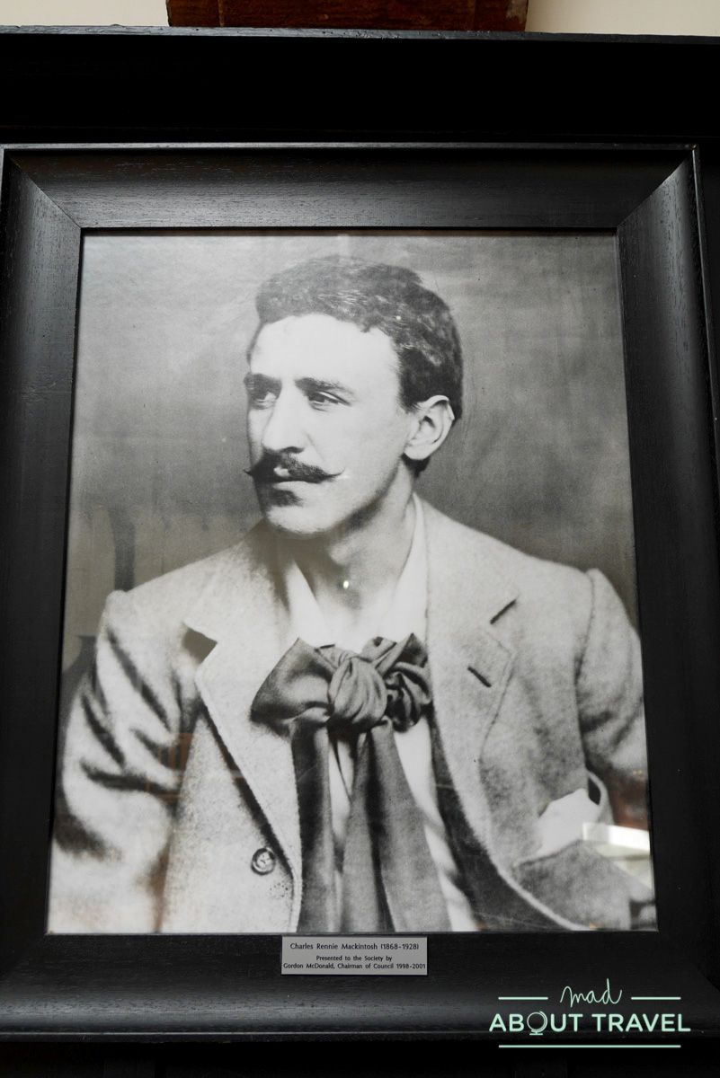 ruta de mackintosh Glasgow: retrato de Charles Rennie Mackintosh