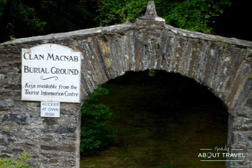 cementerio del clan mcnab en la isla de inchbuie, Killin