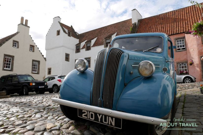 coche antiguo en culross, fife