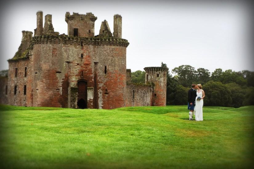 Fotos de la boda de mis amigos Leigh y James Pattie en el castillo de Caerlaverock