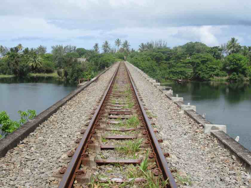 Train track bridge over the Pangalanes canal