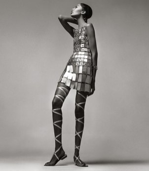 donyale-luna-dress-by-paco-rabanne-december-1966-ny