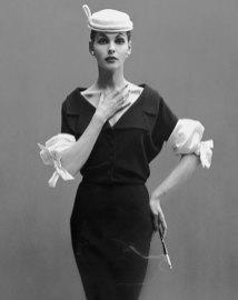 georgia-hamilton-wool-dress-by-balenciaga-august-1953