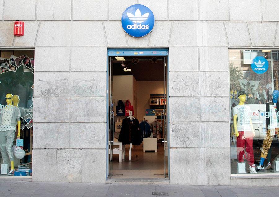 5cbe5f8321e61 NEW ADIDAS ORIGINALS MADRID STORE – MADAMEHUNTER adidas tienda fuencarral  adidas en la Gran Vía ...