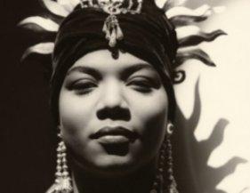 Queen-Latifah-Music-21