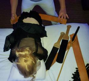 Kinky play, Lady Alice, spanking parties, spanking girls,Drlectr, Lady Alice, spanking parties, kinky parties, Crimson Moon, MadameSamanthaB