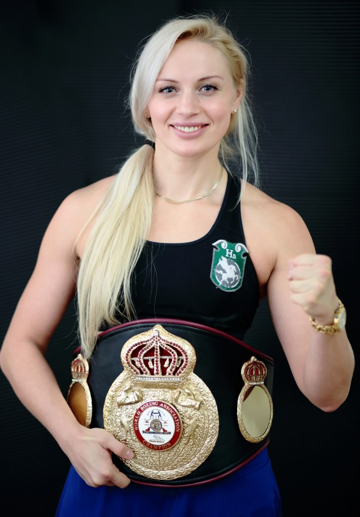 Svetlana Koulakova: Championne mondiale de boxe 2016