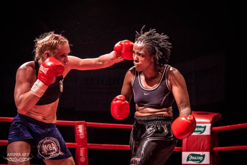 Svetlana Kulakova Boxing Champion in the ring
