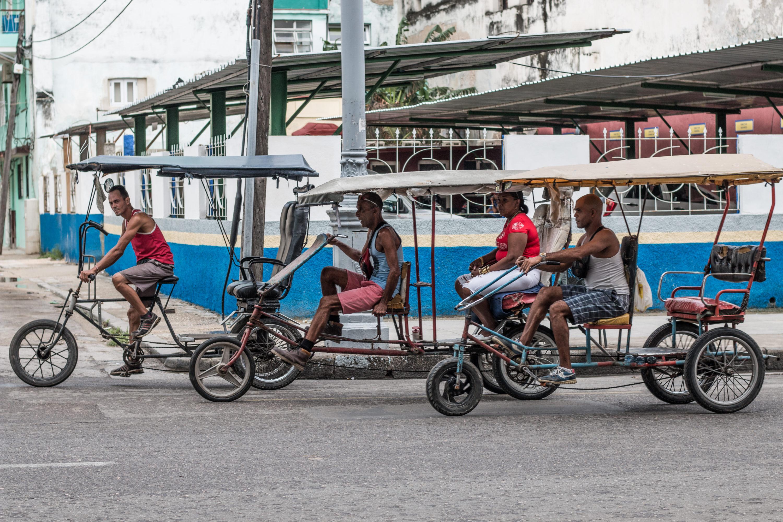 Madame Voyage dans les quartiers de La Havane