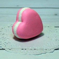 Мыло ручной работы Макарун сердечко- бутоньерка