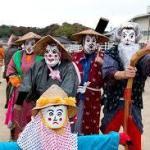 かかし(案山子)祭りの日は東村町のみんなが人間仮装かかし!