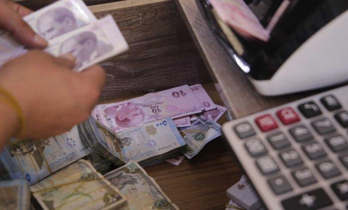 العملات والذهب سوريا وتركيا تعبيرية 1 - تغيرات جديدة على أسعار العملات في سوريا وتركيا - Mada Post