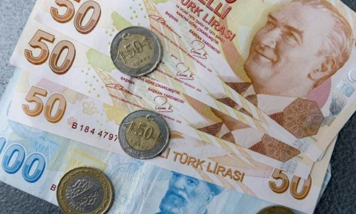 التركية تعبيرية 1 5 - الليرة التركية تعود للتحسن بعد انخفاض قياسي والسورية تواصل التراجع - Mada Post