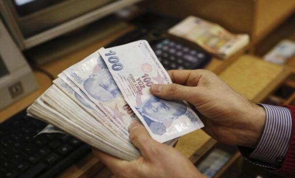 التركية تعبيرية 1 6 600x362 - تغيرات جديدة على أسعار العملات في سوريا وتركيا - Mada Post