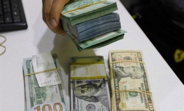 الدولار الأمريكي تعبيري  الليرة السورية تواصل الانخفاض مقابل العملات 22 11 2020