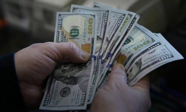 مواقع التواصل 600x362 - الليرة السورية تقترب من 3 آلاف مقابل الدولار 20 11 2020 - Mada Post