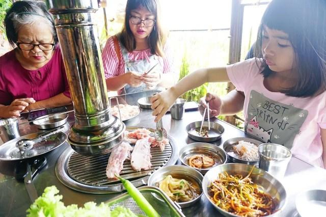 Samgyupsalamat Tagaytay is located at Residence Inn.