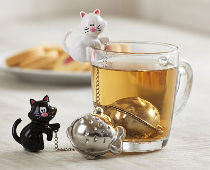 Little kitties on anything, including tea infusers, is always a winner.