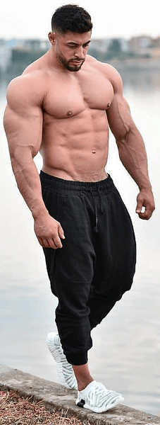 Testosterone-Enanthate-Injection-muscular-man