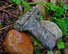 Glock 21 in MAD Grunge Camo using Magpul OD, Magpul FDE & Desert Sand