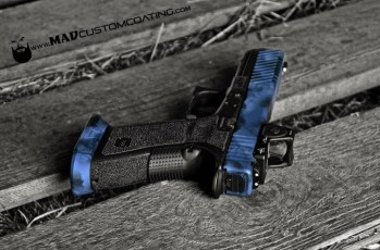 MAD Edge/Brush Camo combo on a Glock 17 using MAD Black, Combat Grey & Smith's Grey