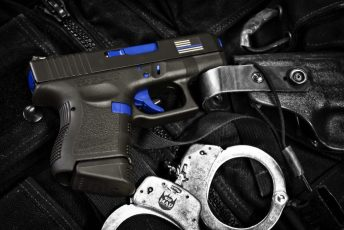 Glock in Thin Blue Line Theme