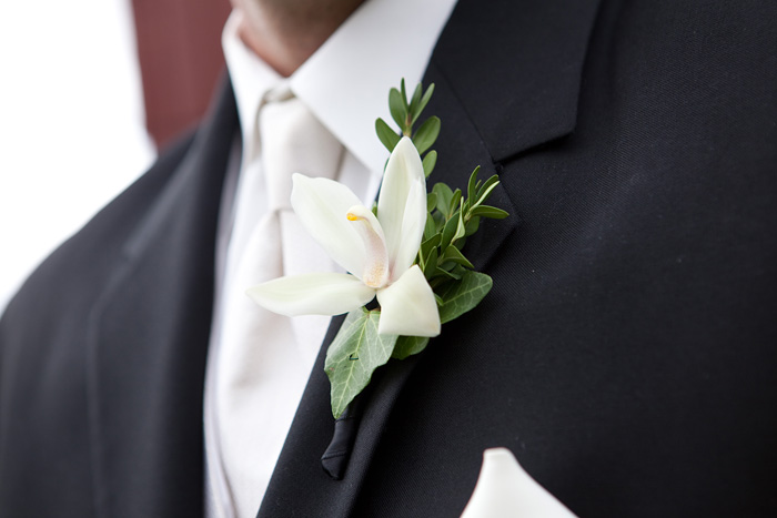 Lime Green Blush And Cream Bouquets Amp Boutineers Maddie Gasper Designs Grand Rapids Floral
