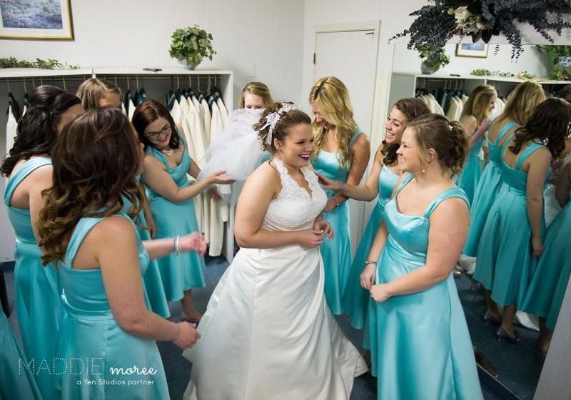 memphis wedding photographer before ceremony bridesmaids