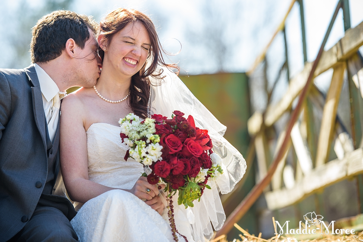 Maddie_Moree_Photography_wedding_pinecrest_diy_outdoor023