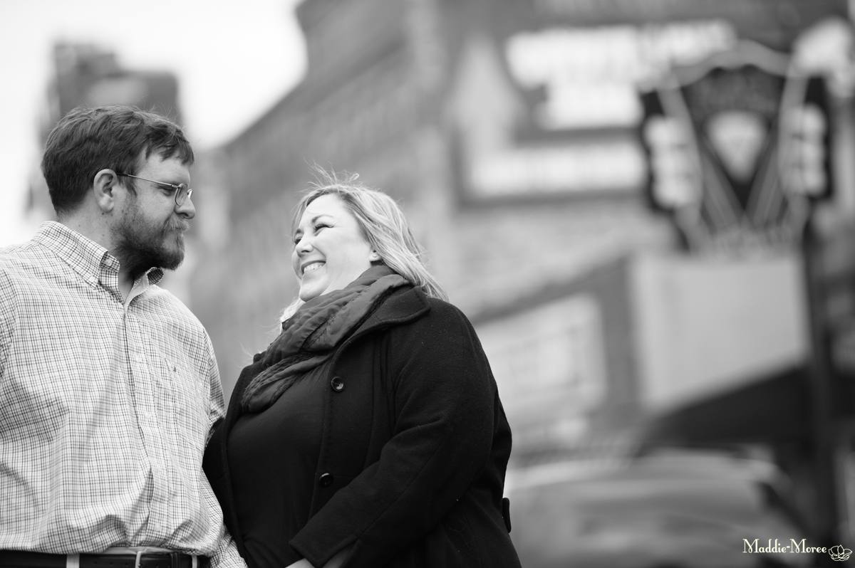 Downtown_memphis_engagement_photography_maddie_moree