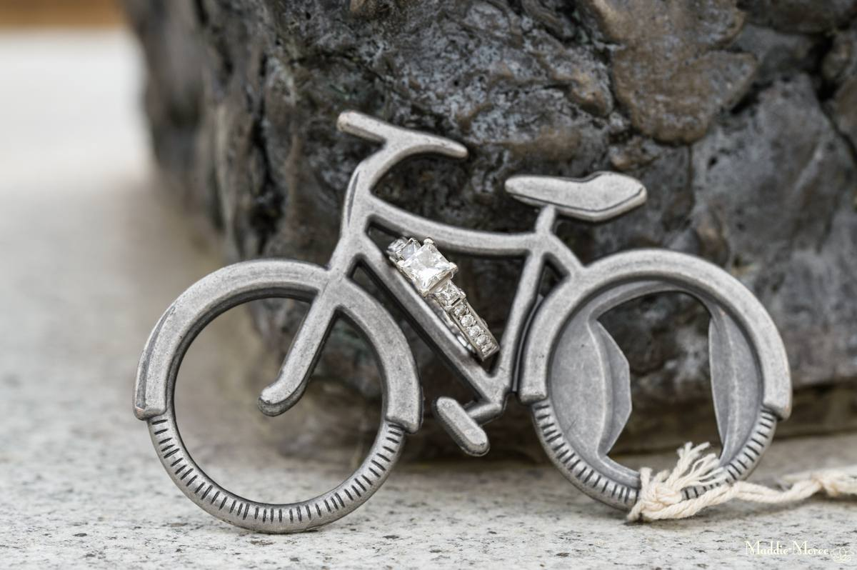 Ring Bling on bicycle favor