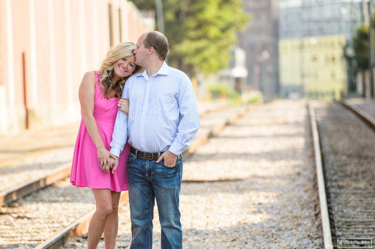 downtown memphis engagement photography