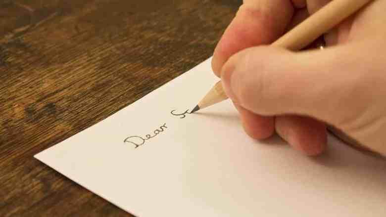 Contoh Surat Pribadi untuk Teman Sekelas di SMA