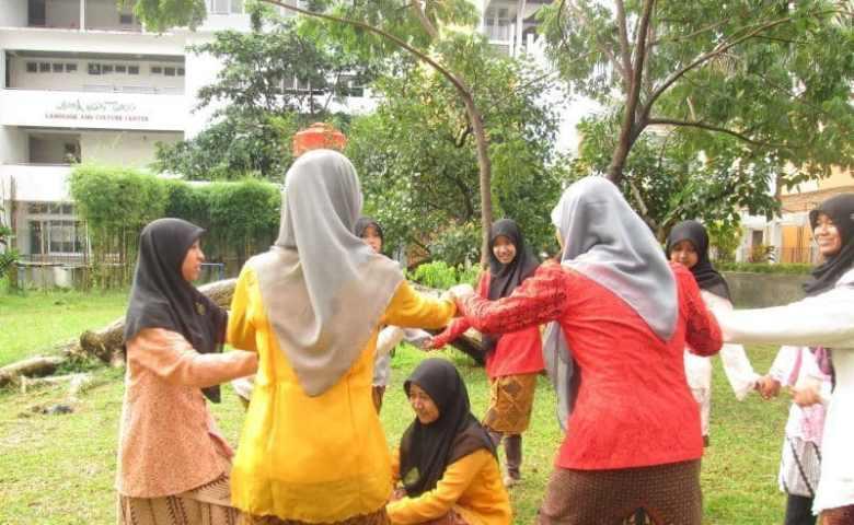 Permainan Tradisional Jamuran