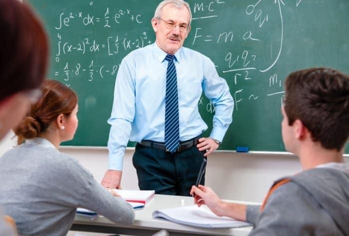 Karakteristik dari Penelitian Tindakan Kelas