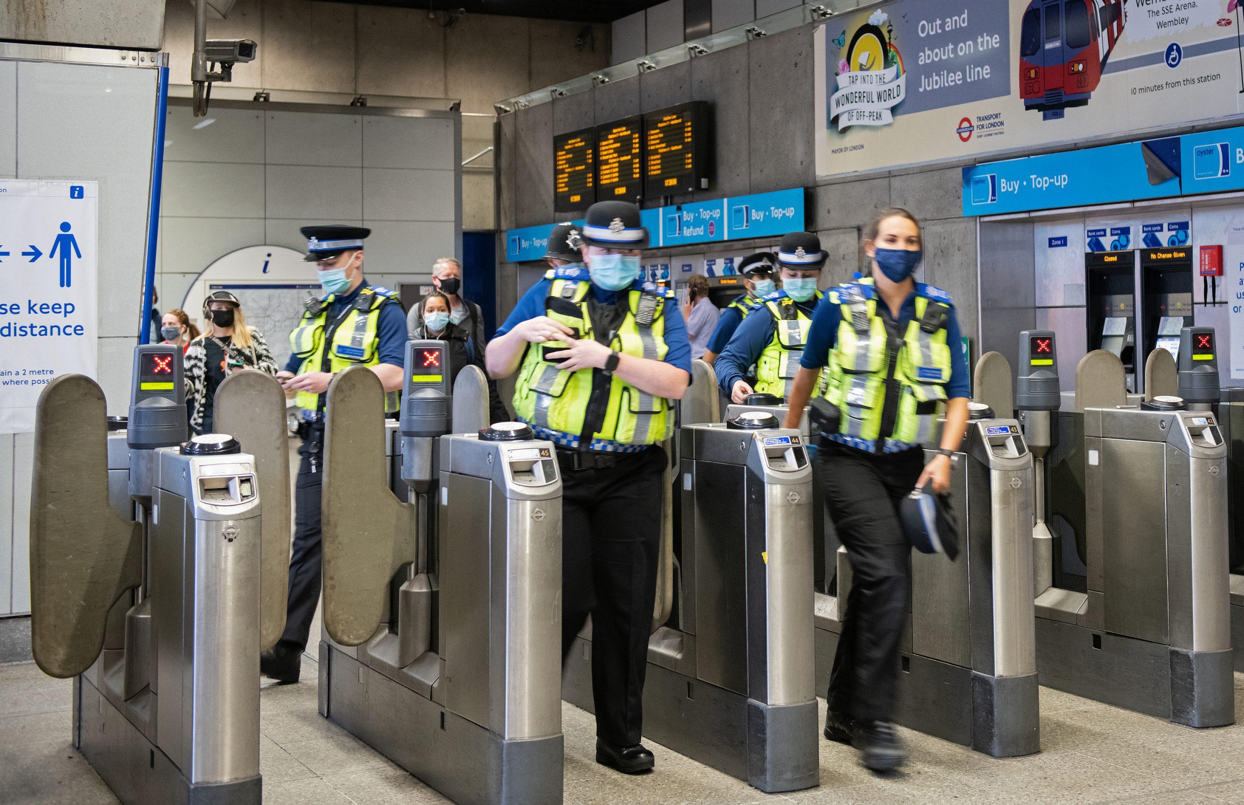 BTP face covering enforcement at Tube station