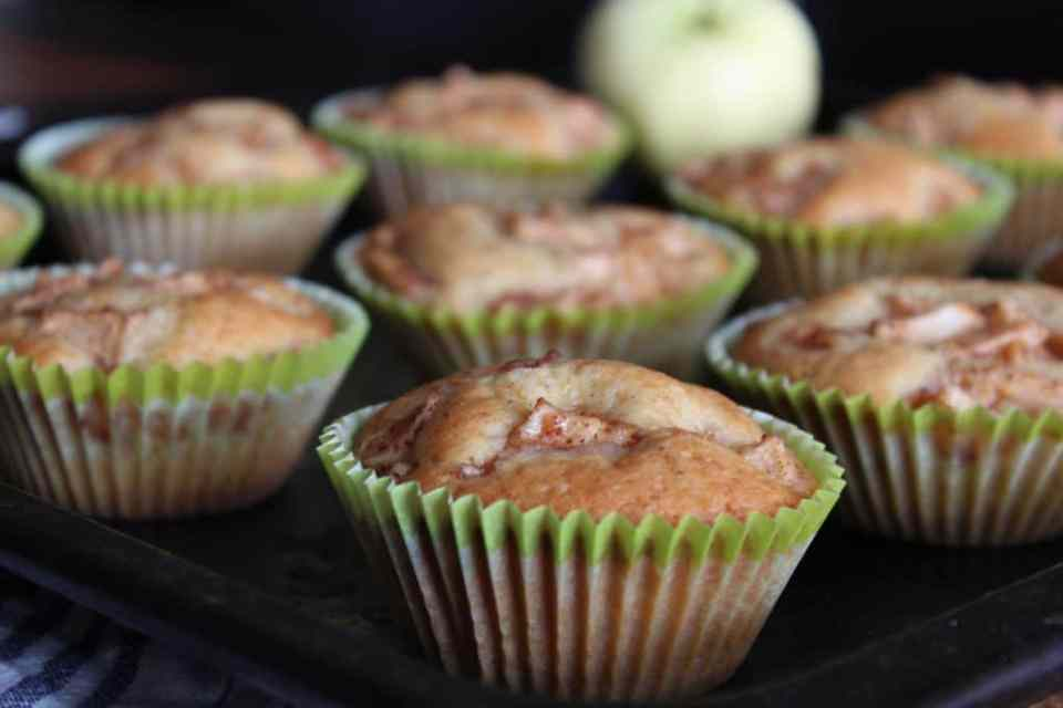 eple muffins på stekebrett