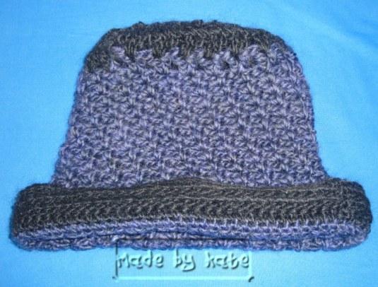 cappello_viola_uncinetto