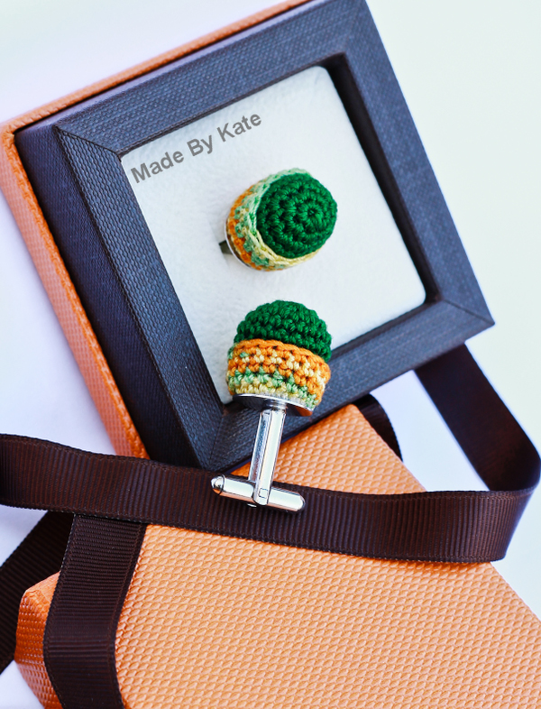 crochet cufflinks pattern kate alinari