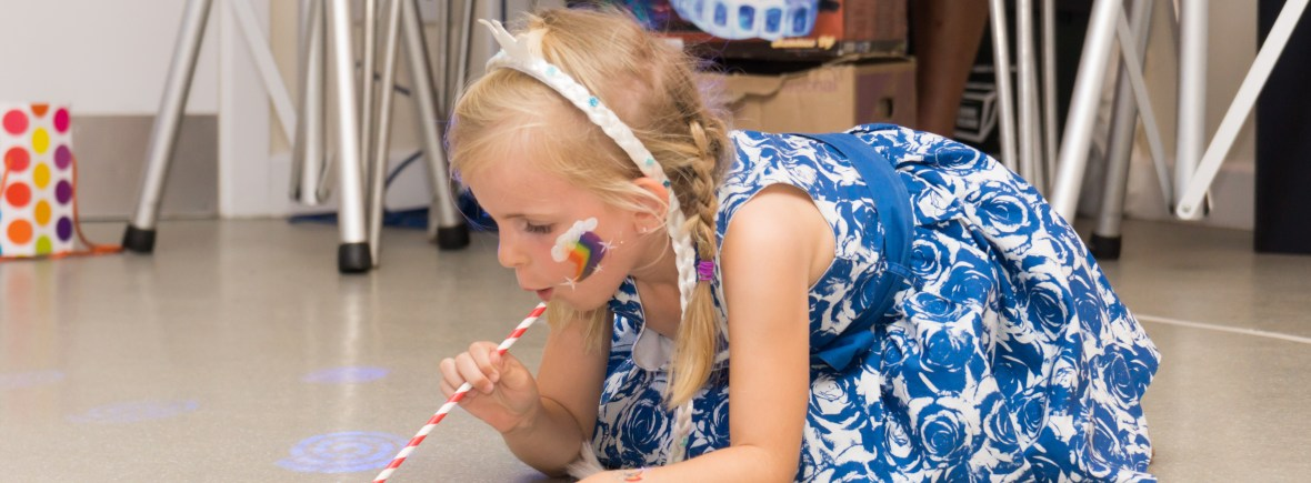 children's craft parties in Poole, Bournemouth , Dorset, Hampshire and Wiltshire