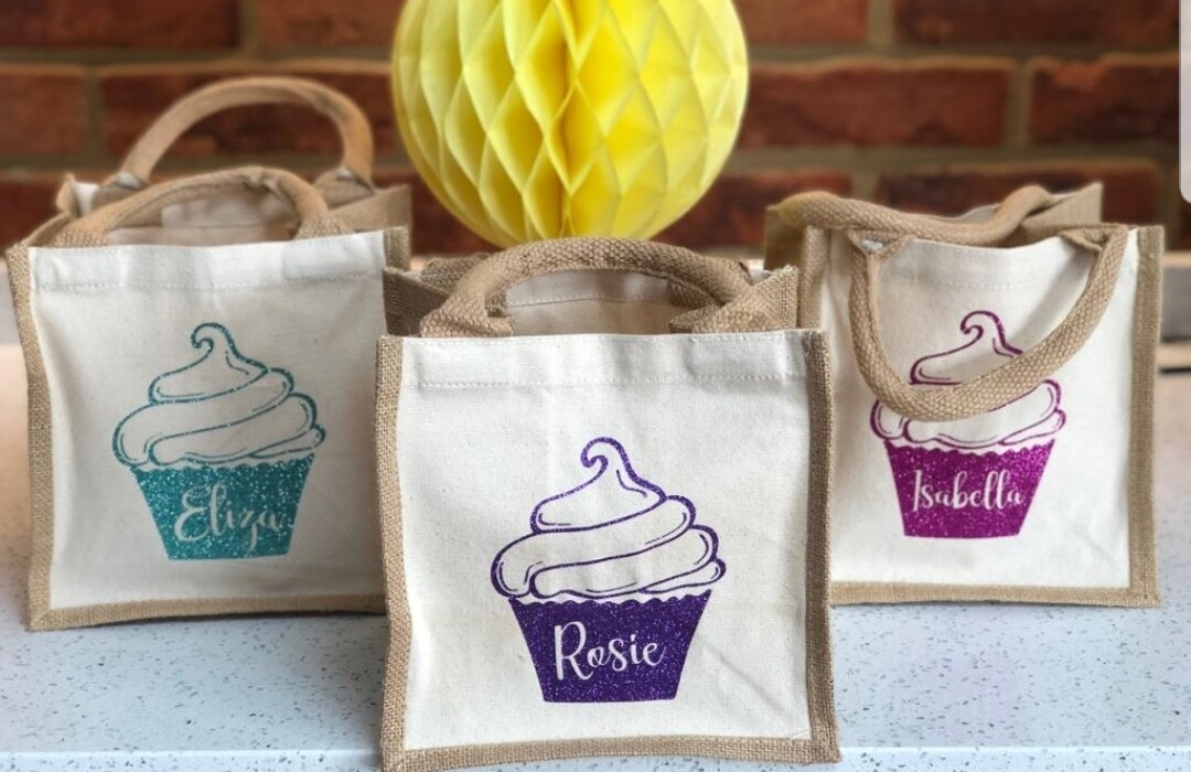 Personalised mini tote bags with cupcakes on them