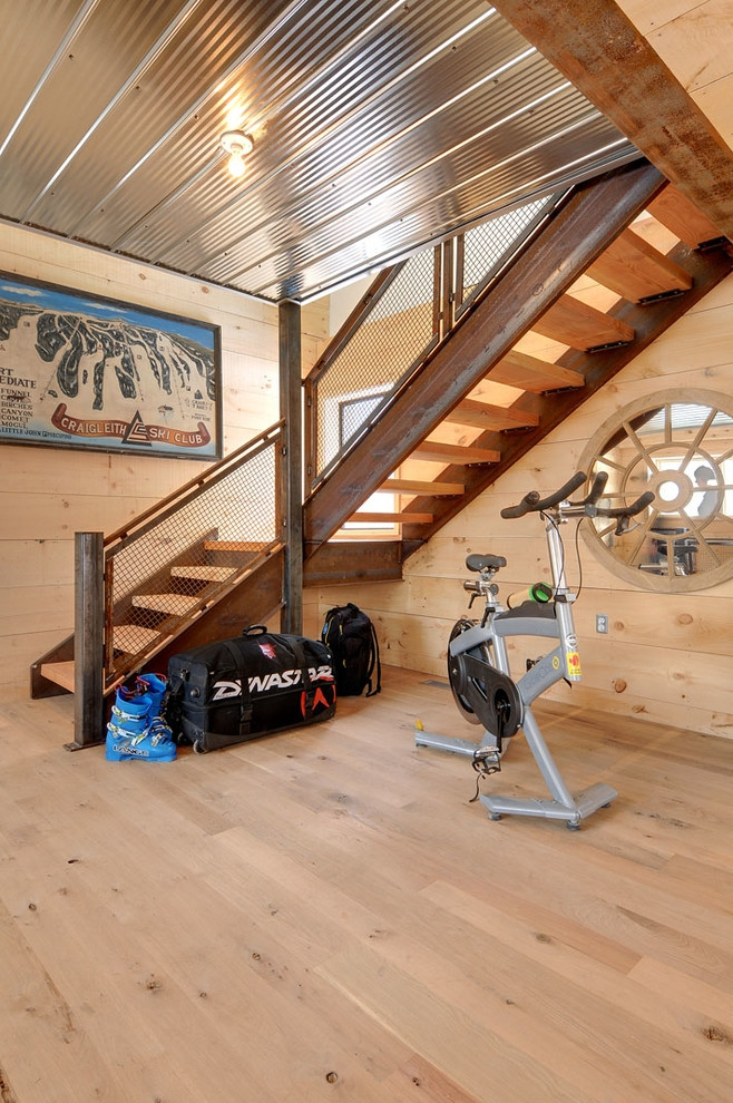 Elegant Total Gym Xls In Staircase Contemporary With Knotty Pine | Knotty Pine Stair Railing | Tongue Groove | Antique Wooden Stair | Log | White | Newel Post