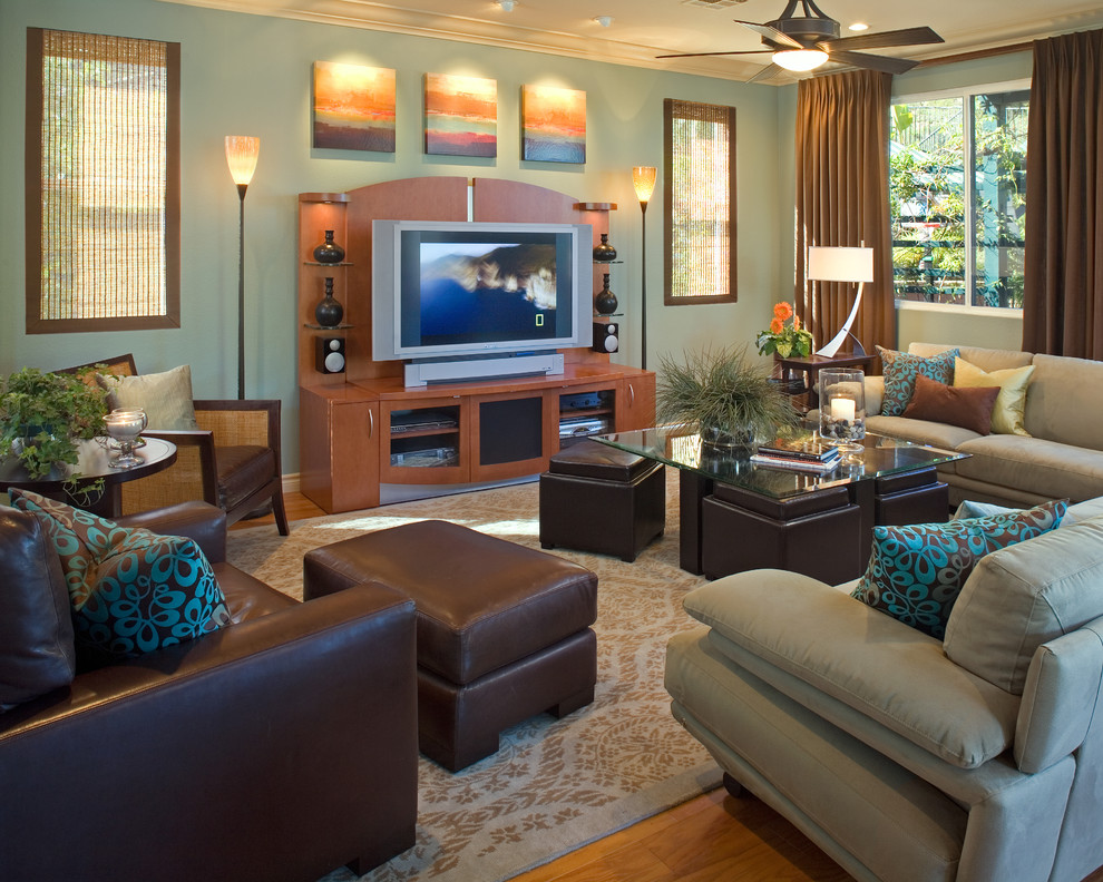 The experts at hgtv.com tried a few different looks on this sofa supermodel. Bright cube ottoman in Family Room Contemporary with Teal ...