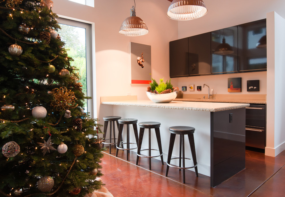 Dazzling burlap christmas tree skirt in Kitchen Contemporary with Cypress Trees  next to Bar Area  alongside Backyard Tiki Bar  and Decorative Bowl