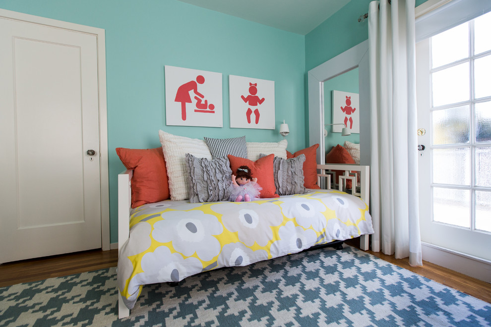 Splashy daybed trundle in Kids Modern with Benjamin Moore Edgecomb Gray  next to Girls Bedroom  alongside Benjamin Moore Stonington Gray  and Kids Room With Two Beds