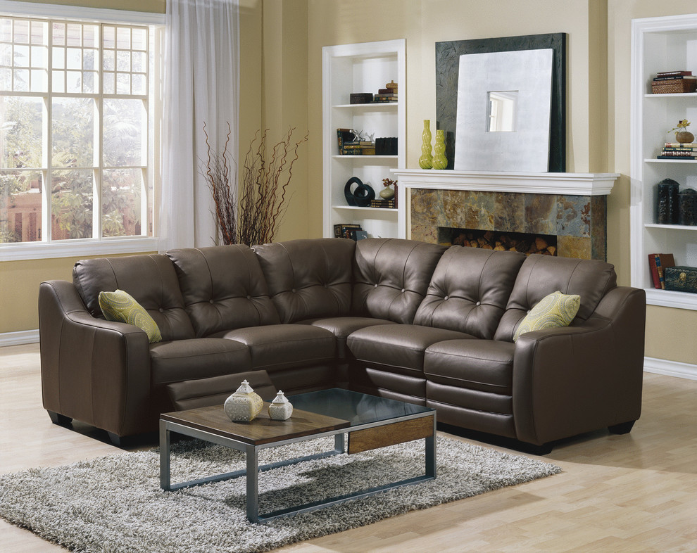 splashy leather reclining sectional in