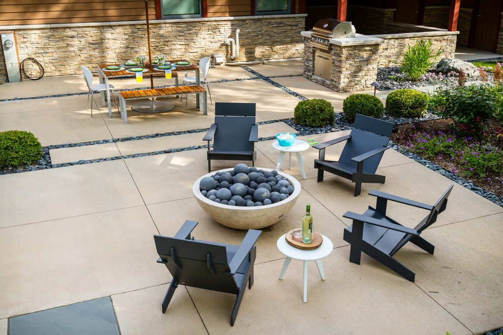 staining concrete patio traditional
