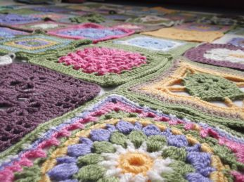 Cottage Garden CAL blanket.